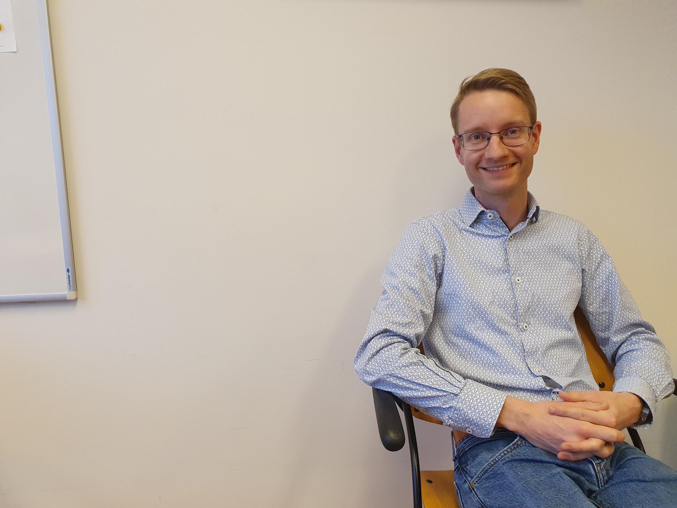 Dr. V. van Gelder